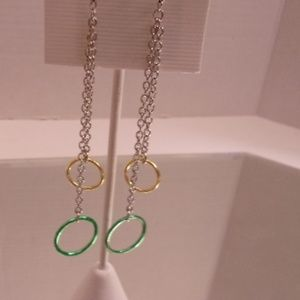 Nwt green drop earrings. L38-5 (bundle only)